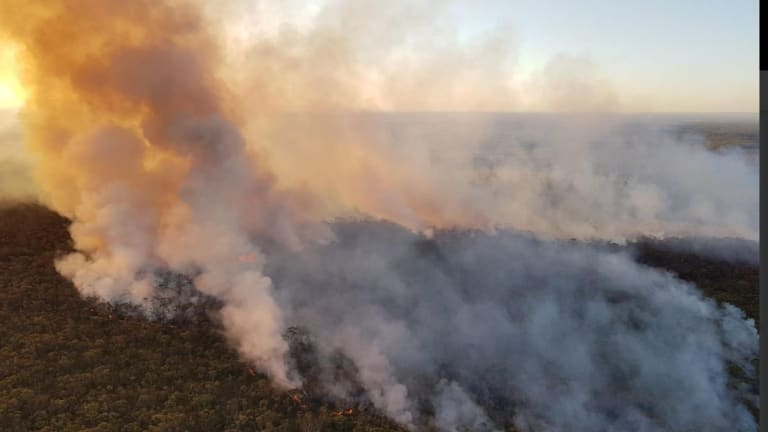 Backburning on Friday to contain the Mackel Airfield fire will likely push smoke towards southern Sydney and the Illawarra over the weekend.