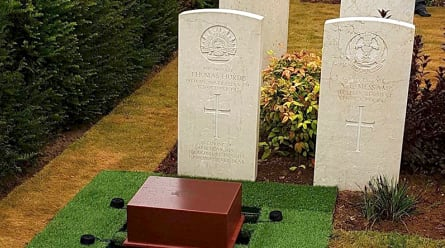 Skull of fallen WWI Australian soldier buried with his body in France