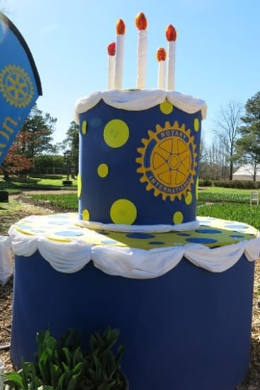 The 90th birthday cake for Rotary in Canberra.