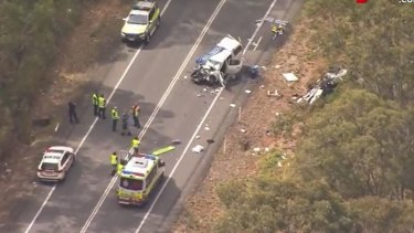 A crash on the Mount Lindesay Highway at Cedar Vale has left two people in a critical condition and two in a serious condition.