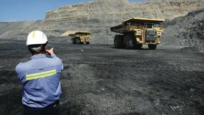 Pressure mounts in Queensland over miner deaths