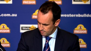 Former Bulldogs CEO Simon Garlick is expected to land the Dockers job.