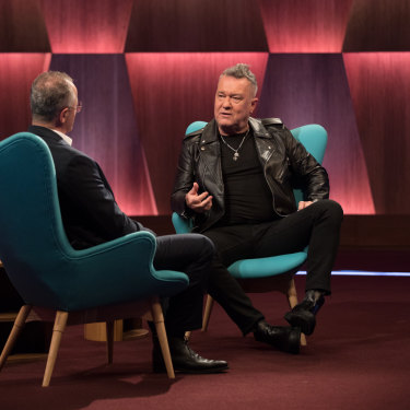 Denton interviewing singer Jimmy Barnes.