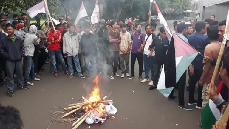 Small groups protested outside the Australian embassy in Jakarta several times last week.
