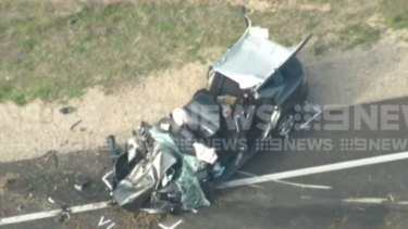 Two police officers hospitalised after car crash in Perth's south east