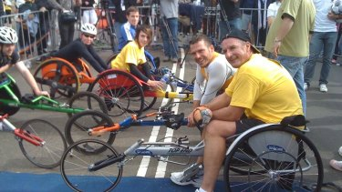 Rheed McCracken (middle) with Kurt Fearnley and David Koch at the Balmoral Burn event in 2010.