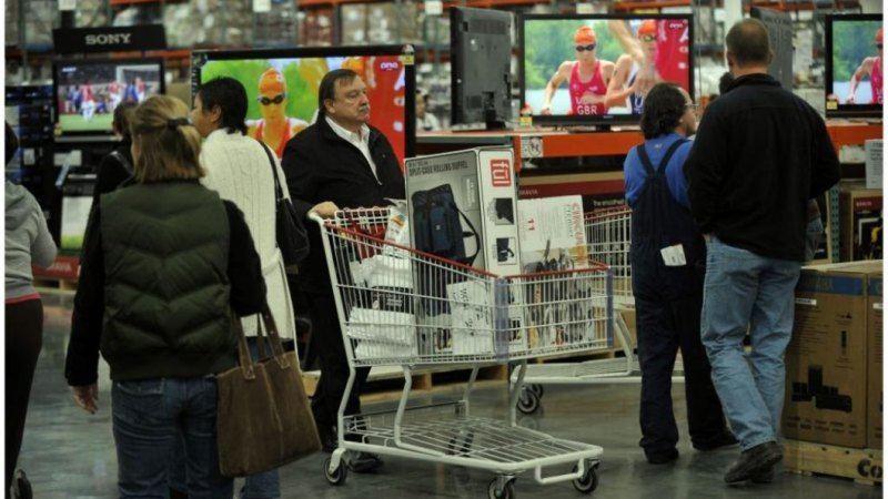 Costco looks at private label goods and online store