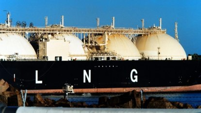 Sailing around in circles: LNG tankers idle at sea as buyers delay cargoes