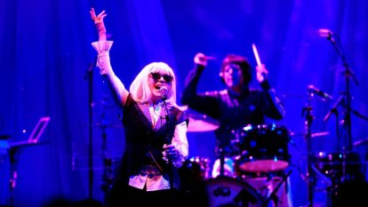 The Tide is High (really), but Debbie Harry is staying put