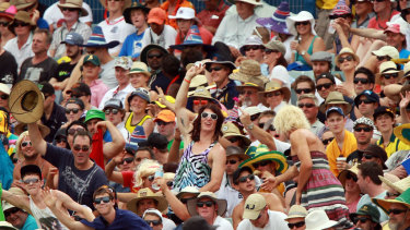 Spectators at the WACA in 2012, the last time India played a Test in Perth.