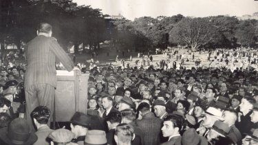 Speakers' Corner attracted huge crowds to The Domain back in 1949.