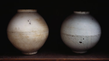Koo Bohnchang's ceramic work in Light Shadow.