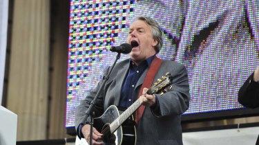 Perennial finals fixture, singer Mike Brady.