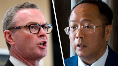 Chinese donor had help from Liberal Party director, met Christopher Pyne