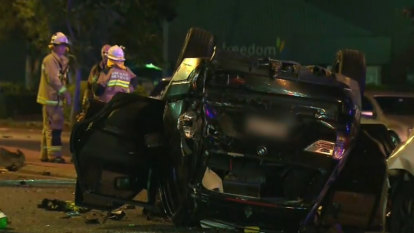 Police search for missing driver after double fatal crash in Brisbane