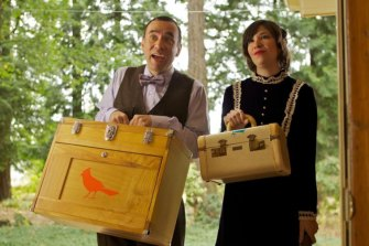 Put A Bird On It: Armisen and Carrie Brownstein in Portlandia.