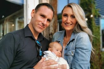 Amber Ellis, Thomas Pedersen and their baby Indigo.