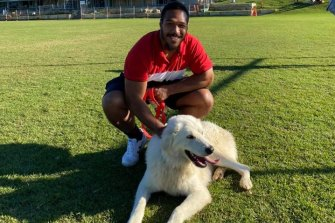 Warriors player Agnatius Paasi bonds with 'Coco'.