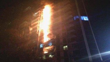 Docklands' Lacrosse apartments burn in 2014.