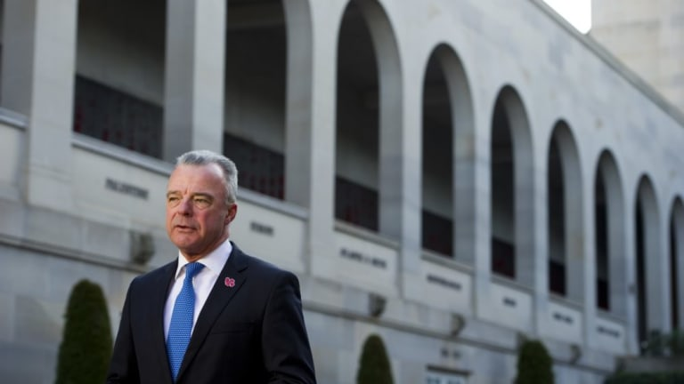The Australian War Memorial and its director Brendan Nelson have been criticised by an anti-war group.