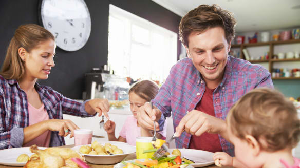 The healthy eating patterns to pass on to your children