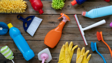 10 mistakes people make when cleaning their house