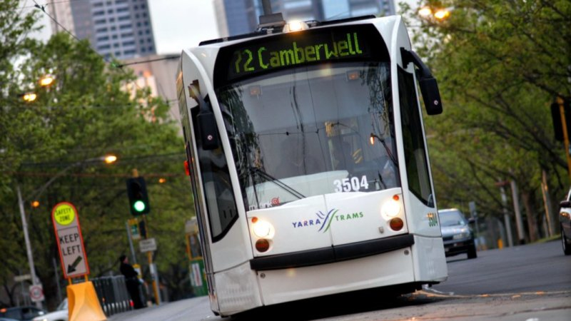 Thousands of St Kilda Road tram commuters forced onto buses for two weeks