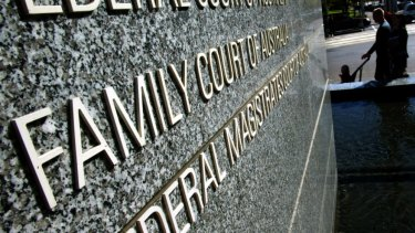 The ALRC says children risk falling between the gaps of federal family law courts and state-based child protection regimes.