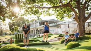 Garden Golf Putt Putt.