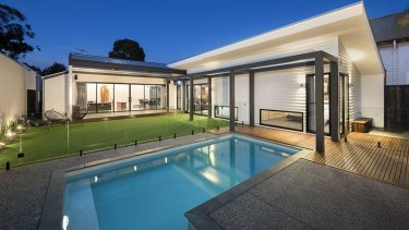 Former V/Line chief executive James Pinder's Williamstown home.