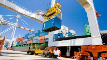 Wharf workers will step up industrial action over a new enterprise agreement this week.