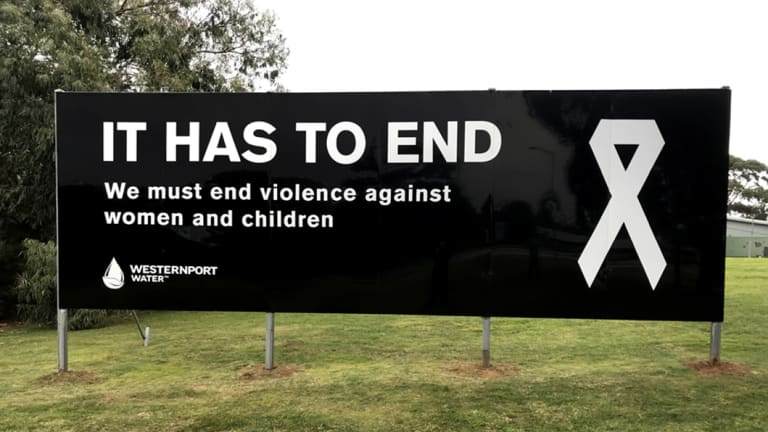 The sign was erected on August 6 at Western Port in the Cowes municipality in response to Samantha Fraser's death in Cowes.