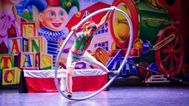 Circus meets Christmas at Docklands in Santa's Christmas Spectacular.