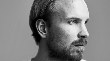 Rutger Bregman says the rich need to pay their taxes.