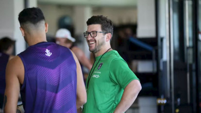 Dockers assistant coach sidelined after breaching quarantine; player fined for walking dog