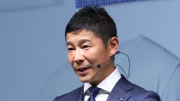 Japanese billionaire to be first SpaceX passenger on moon trip