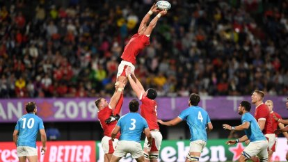 Scrappy Wales make hard work of Uruguay to reach quarters