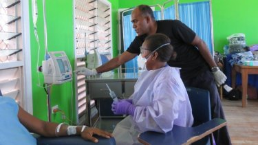 The team at the National Referral Hospital in Honiara, Solomon Islands put the new equipment and oncology training they received to use.
