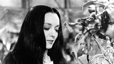 Morticia Addams in full swoon.
