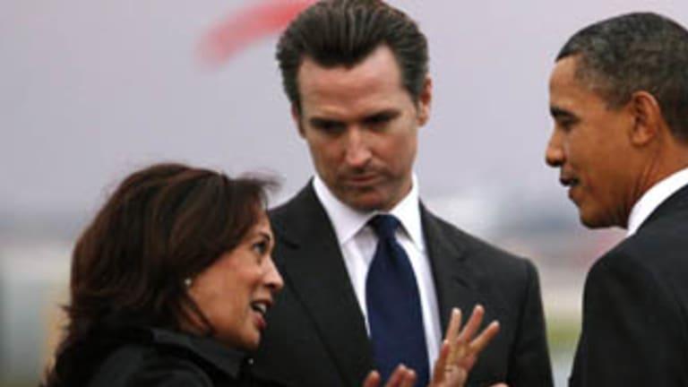 California Lieutenant Governor Gavin Newsom, centre, said not a single drop of oil will cross California.