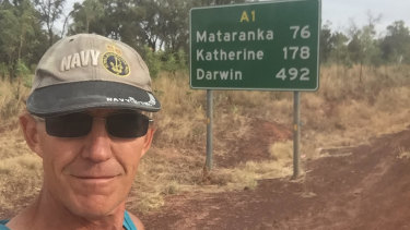 It's a sign: Andre Jones in the Northern Territory during his 2017 Melbourne to Darwin run.