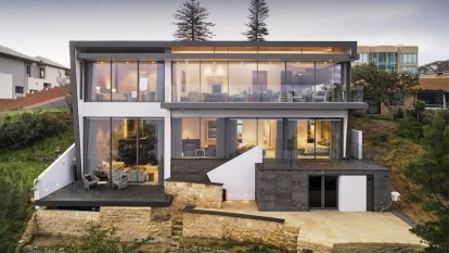 The Peak of WA home design means living in a mansion with huge sky-framed windows