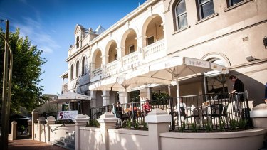 The Broken Hill joins the list of well known venues whose fortunes have recently failed.
