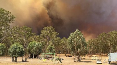The fire is spreading quickly towards Tingha and properties are threatened.