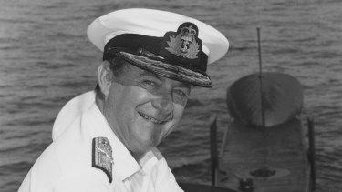 Chief of Navy Vice-Admiral Ian MacDougall on a visit to HMAS Oberon at HMAS Platypus in 1992.