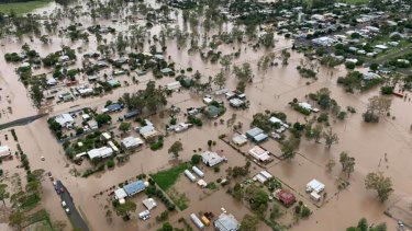 Residents of Jandowae have been told to prepare to leave.