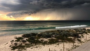 The storm rolls in over Perth
