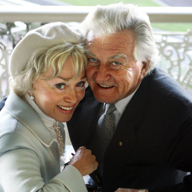 Bob Hawke and Blanche d'Alpuget at the Bob Hawke Handicap, Randwick, 2006.