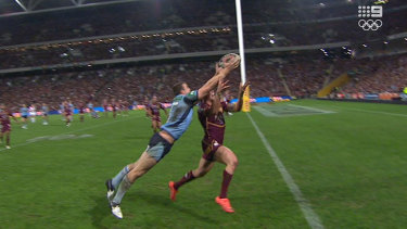 Screen grab of Josh Morris' remarkable try that ultimately wasn't quite enough for the Blues.