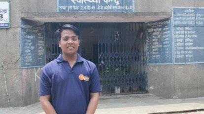 The Sydney university scholarship student defying mongooses and mozzies in Indian slum